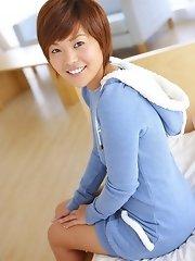 Japanese teen - Emi Katakura