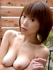 Horny housewife Jun Kusanagi toying