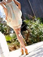 Tina Yuzuki cute Asian teen model
