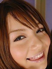 Tina Yuzuki pretty teen model smiles