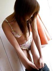 Teen Japanese slut Yua has some nice big tits