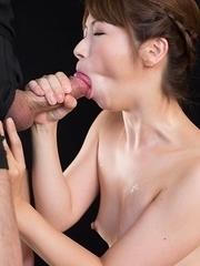Tsubaki Katou Gives A Cum Covered Handjob