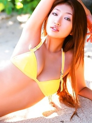 Sayaka Ando loves to feel sand on her salacious curves