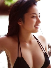 Saaya Irie with big assets loves playing in the warm ocean